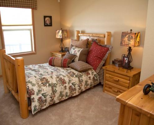 Woodsman Guest Room