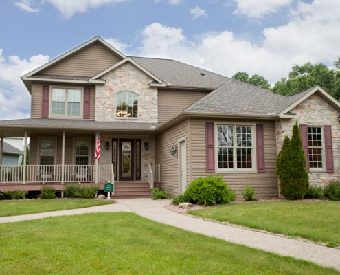 Willow Creek Front View 02