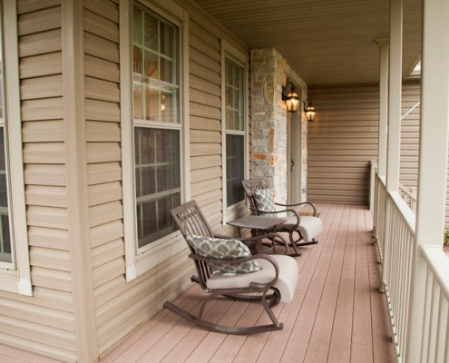 Willow Creek Front Porch